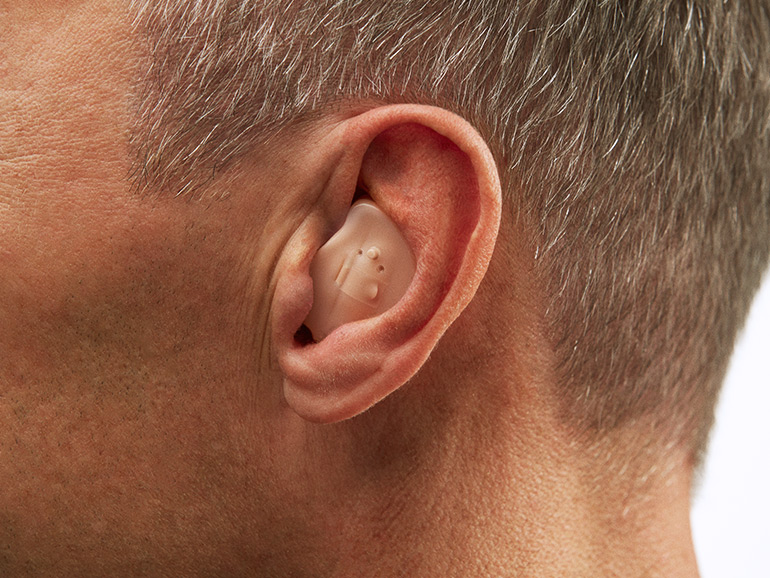 In the ear hearing aid device